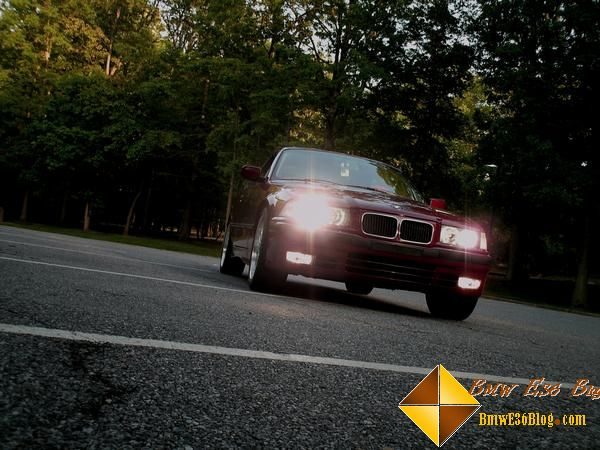 photos maroon bmw e36 325is maroon bmw e36 325is 01