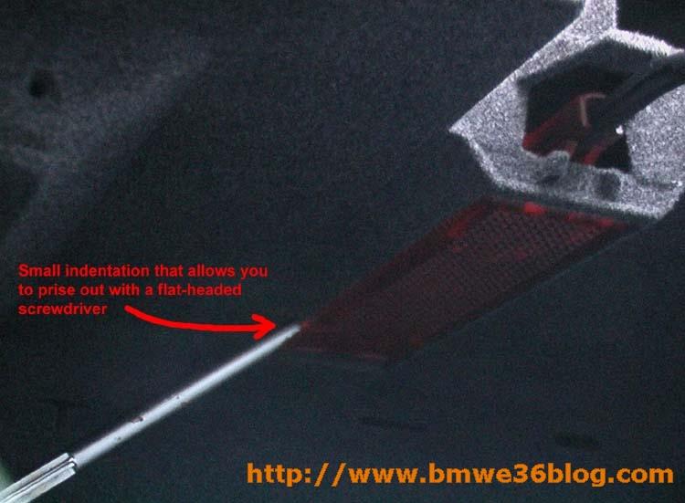 photos remove e36 glovebox image05